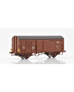 Topline Godsvogner, NMJ Topline model of the NSB His 210 2 821-6 boxcar type 2 with wooden roof and brake wheels., NMJT504.201