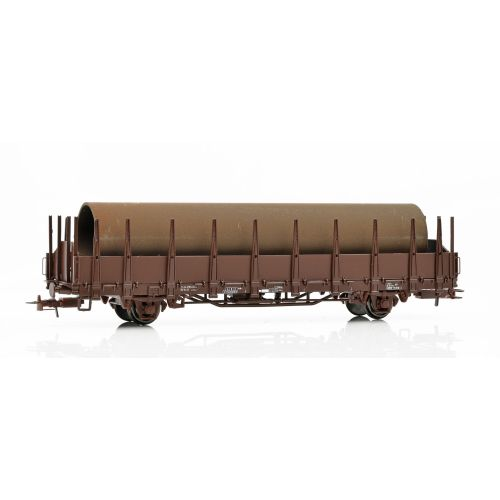 Topline Godsvogner, NMJ Topline model of the SJ Os 21 74 370 2 420-1 open freight car with stakes, loaded with immitated realistic rusty tubes., NMJT601.302