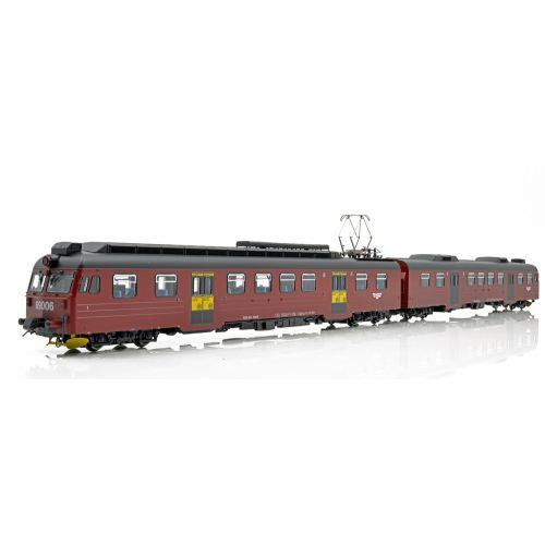 Topline Lokomotiver, NMJ Topline model of the NSB BM69.15 in the red/black livery with yellow season ticket markings. , NMJT84.202